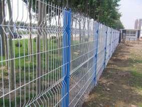 三角折弯护栏 (5)